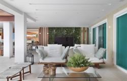 Jardim Vertical da Casa de Luxo na Barra da Tijuca