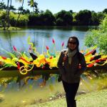 Leila Dionizios visita exposição no Fairchild Tropical Botanic Garden em Miami