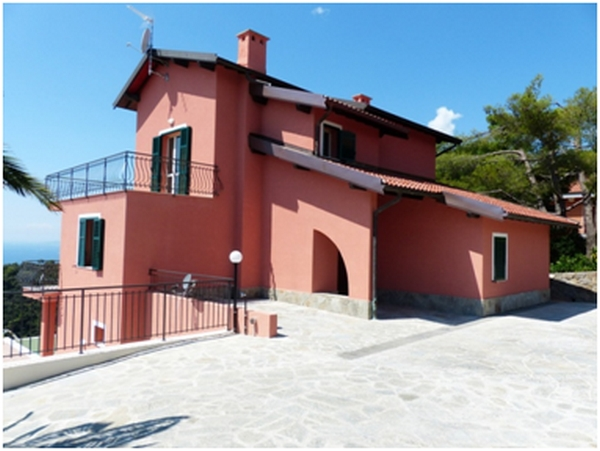 Casa pintada de rosa
