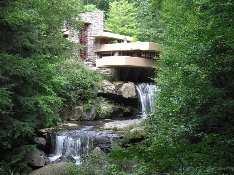 Casa da Cascata, de Frank L. Wright