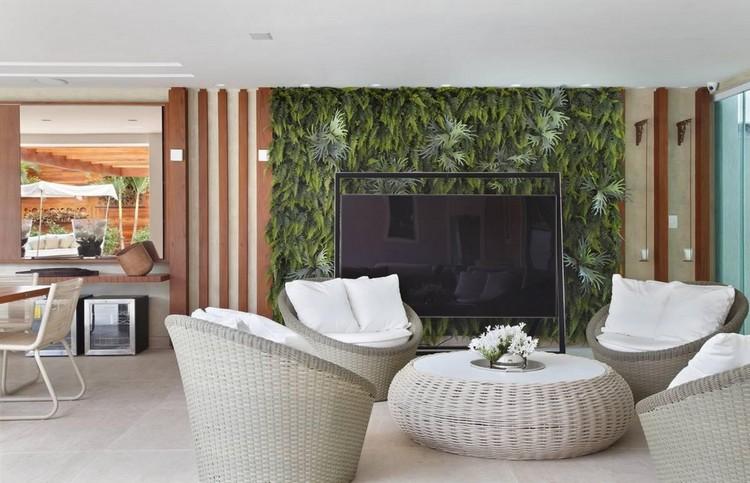 Jardim vertical: tudo o que você precisa saber sobre essa tendência sustentável